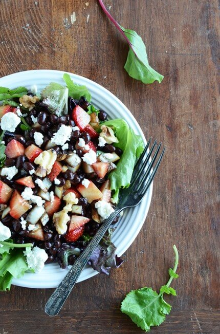 strawberry black bean salad