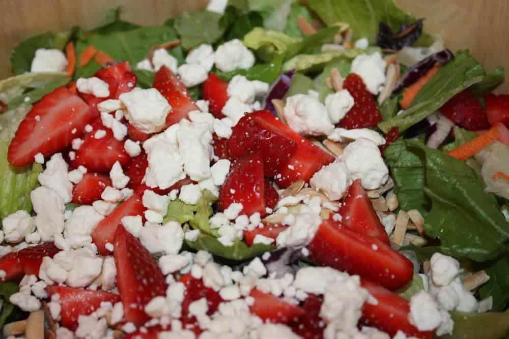 50 BEST Spring Salads - I Heart Nap Time