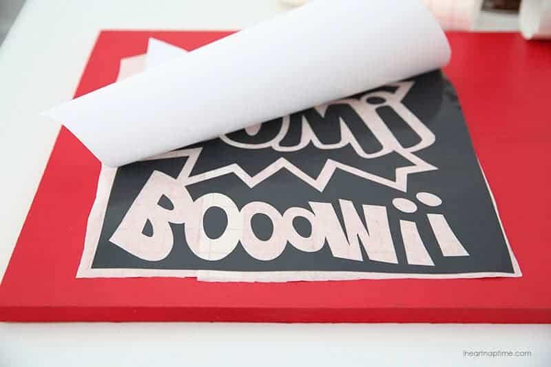 DIY super hero sign on iheartnaptime.com #tutorial