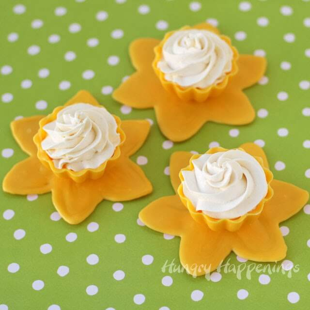 daffodil-candy-cups-with-lemon-mousse