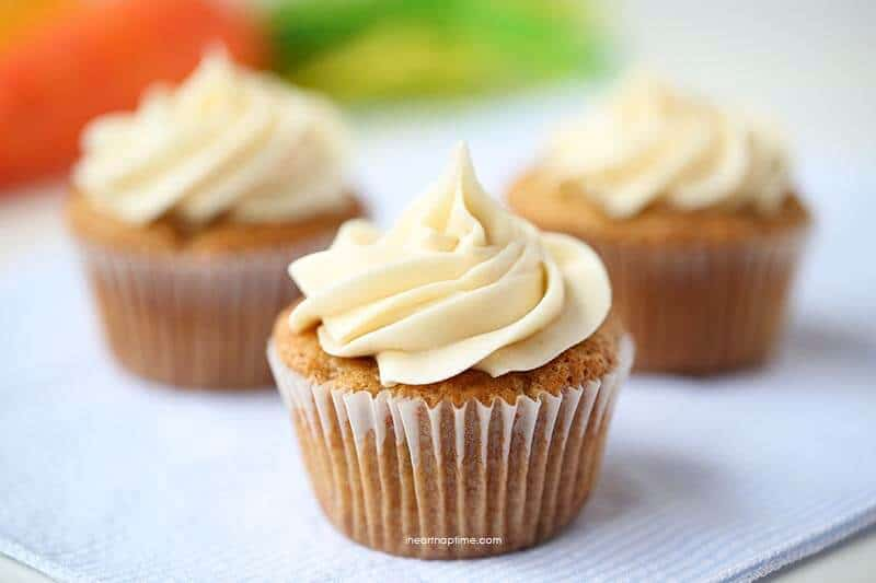 Images Of Carrot Cake Cupcakes : Adorable carrot cupcakes for Easter - I Heart Nap Time