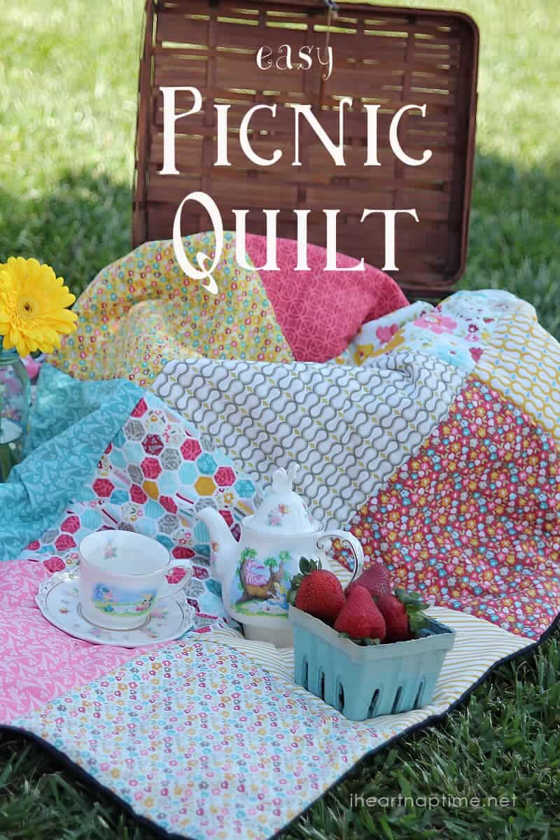 Easy Picnic Quilt on iheartnaptime.com