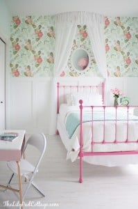 little-girl-bedroom-anthropologie-peonies-wallpaper
