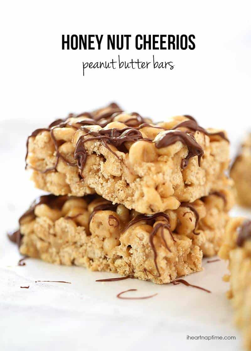 No-bake chocolate peanut butter cereal bars recipe on iheartnaptime.com ...only takes 10 minutes to make!