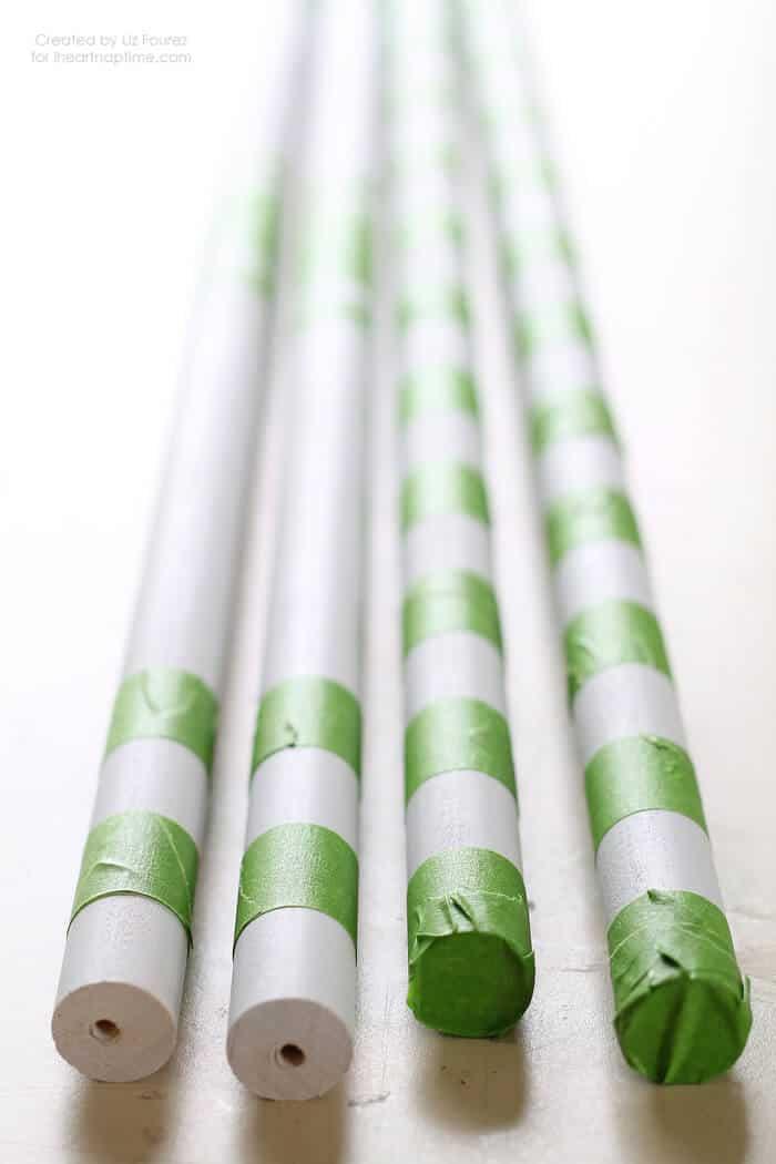 DIY Marshmallow Roasting Sticks on iheartnaptime.com