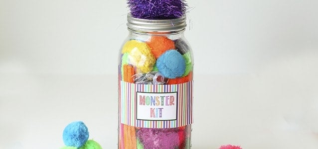 http://www.iheartnaptime.net/wp-content/uploads/2014/06/DIY-Mason-Jar-Monster-Kit-by-Blooming-Homestead1-638x300.jpg