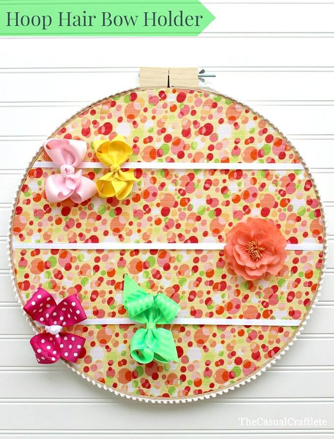 Hoop-Hair-Bow-Holder-thecasualcraftlete.com_1