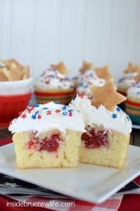 Vanilla-Cherry-Pie-Cupcakes-7-1