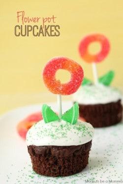 Flower-Pot-Cupcakes-e1404842709561