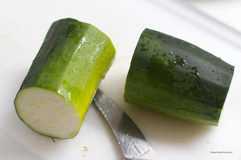 cutting a zucchini