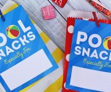 Pool snacks tag for fun summer days at the pool! Free printable at iheartnaptime.com