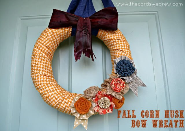 fall+corn+husk+bow+wreath+title