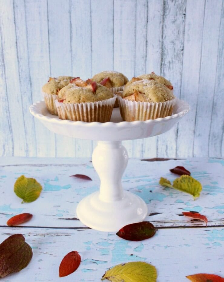 vanilla bean apple muffins