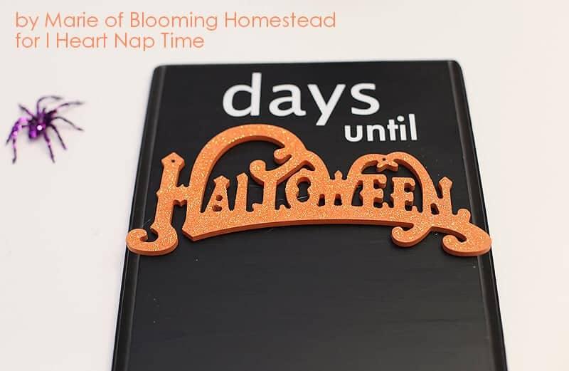 DIY Halloween Countdown by Blooming Homestead on iheartnaptime.com