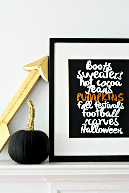 Favorite-Fall-Things-Printable.-FREE-Printable-download-in-8x10-or-11x14-to-use-in-your-own-home