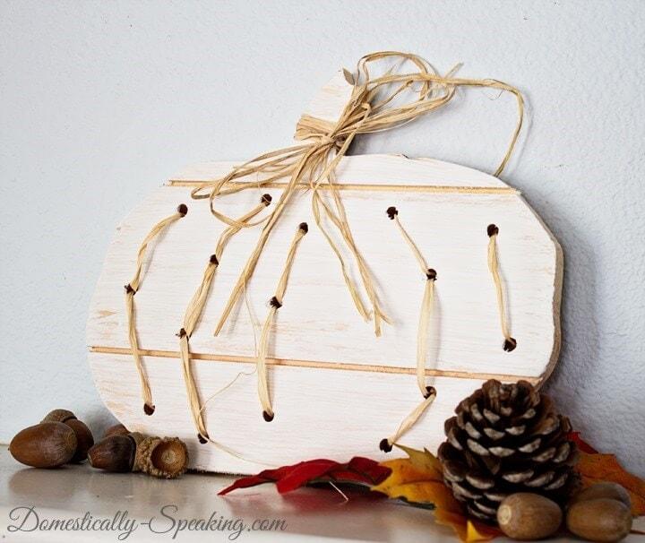 Wood-and-Raffia-Pumpkin-5_thumb