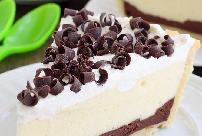 chocolate-and-vanilla-pudding-pie-recipe