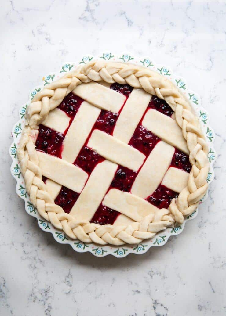 Berry-pie-braided-crust