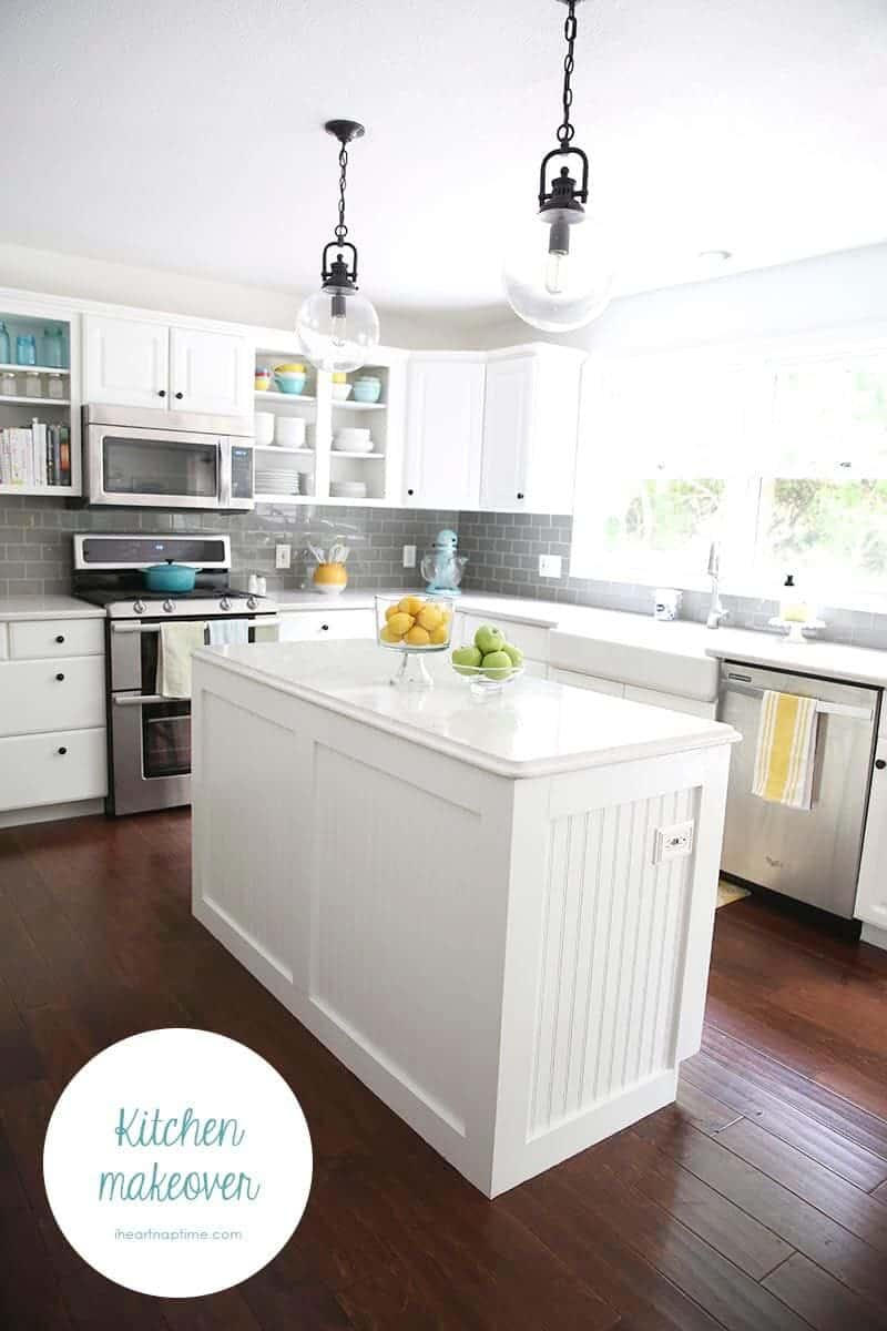 White And Grey Kitchen Makeover On Iheartnaptime Com Love The Pops Of Color