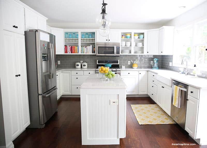 White And Grey Kitchen Makeover On Iheartnaptime.com  Love The Pops Of  Color!