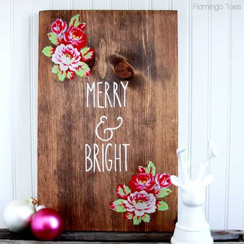 diy wood christmas sign by flamingo toes on iheartnaptimecom - Diy Wood Christmas Decorations