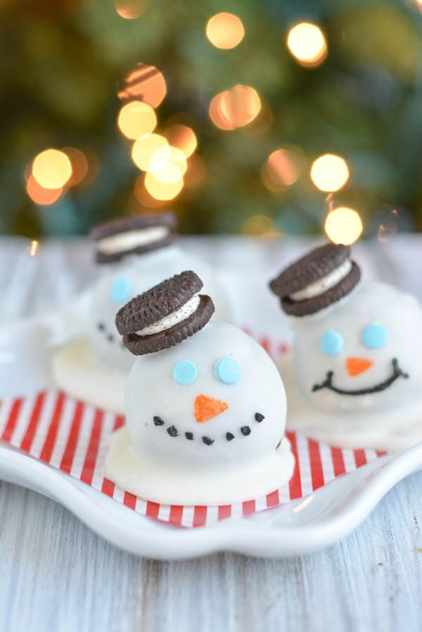 Melting-Snowman-Oreo-Truffles