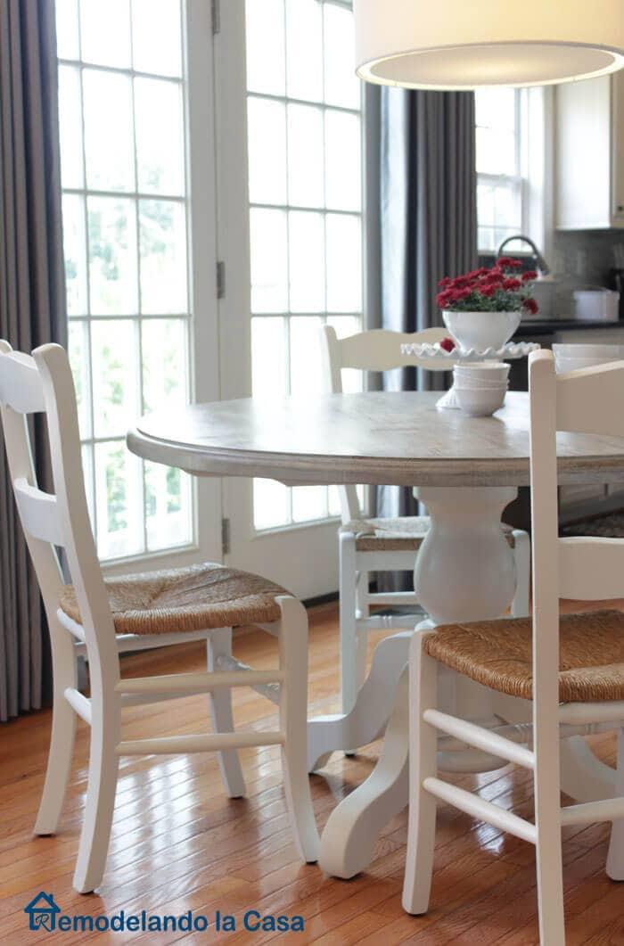 Painted Breakfast table3