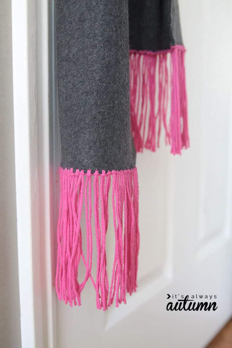 Fleece and Fringe No Sew Scarf by It's Always Autumn on iheartnaptime.com