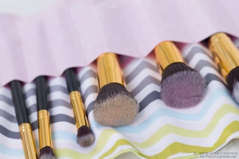 Makeup Brush Roll Brushes on iheartnaptime.com