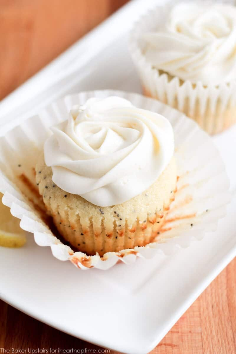 lemon_poppyseed_cupcakes_3