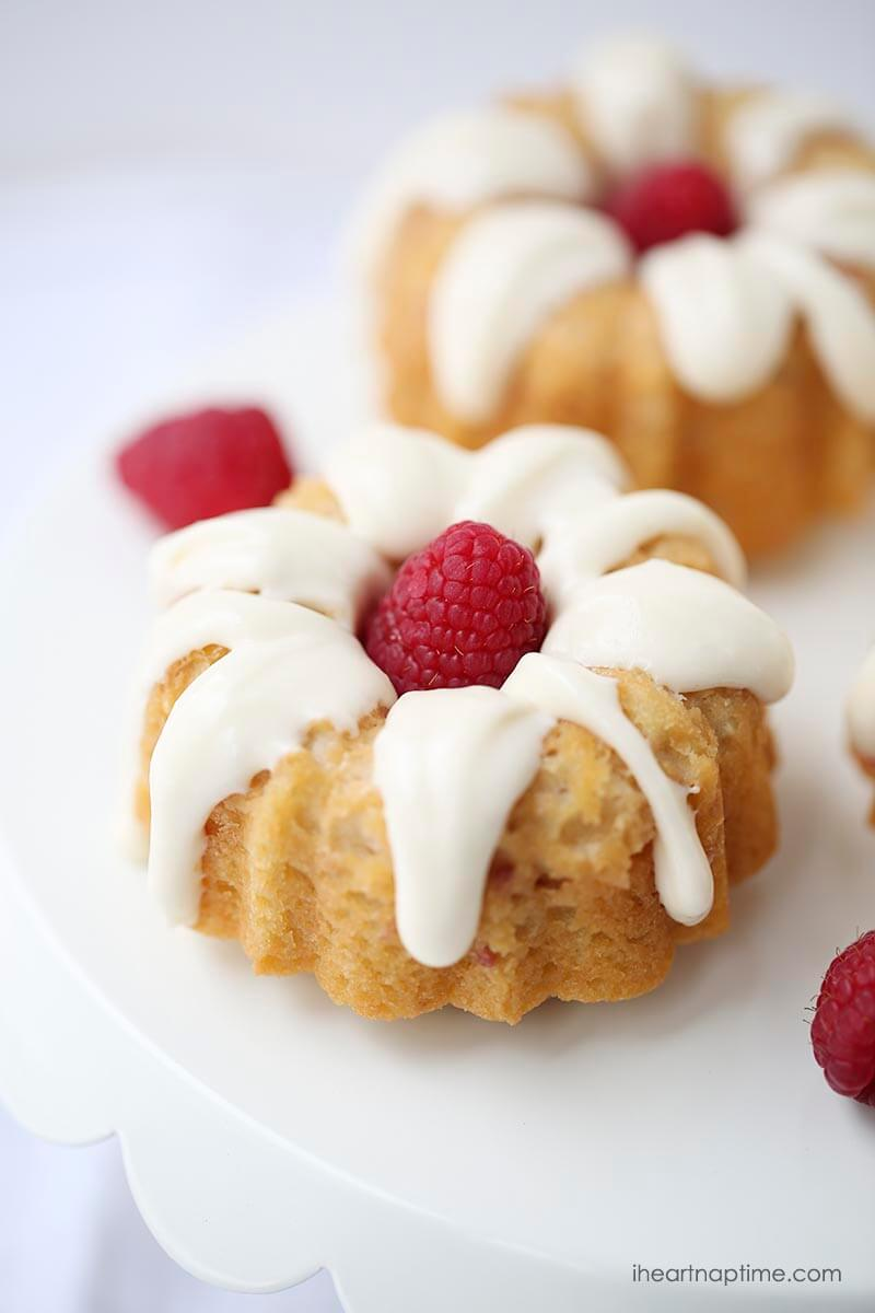 White chocolate raspberry bundt cakes