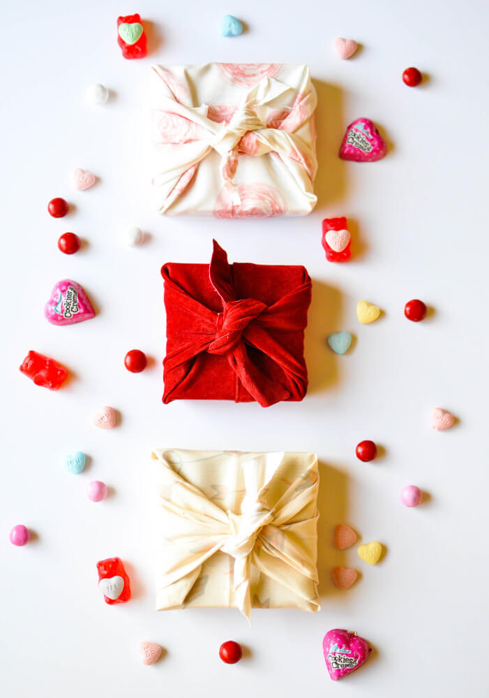 DIY-Valentines-Day-Fabric-Wrapped-Gift-Box-FrySauceandGrits.com-17-of-22-701x999
