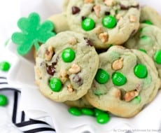 Pistachio and Chocolate Leprechaun Cookies for St. Patrick's Day