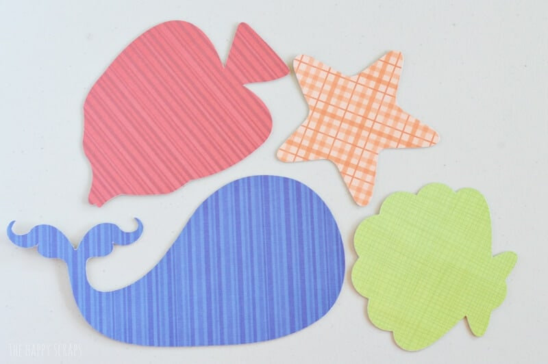 DIY Lacing Cards from The Happy Scraps for iheartnaptime.net
