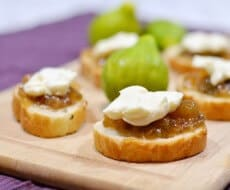 delicious-fig-jam-appetizer-725x480