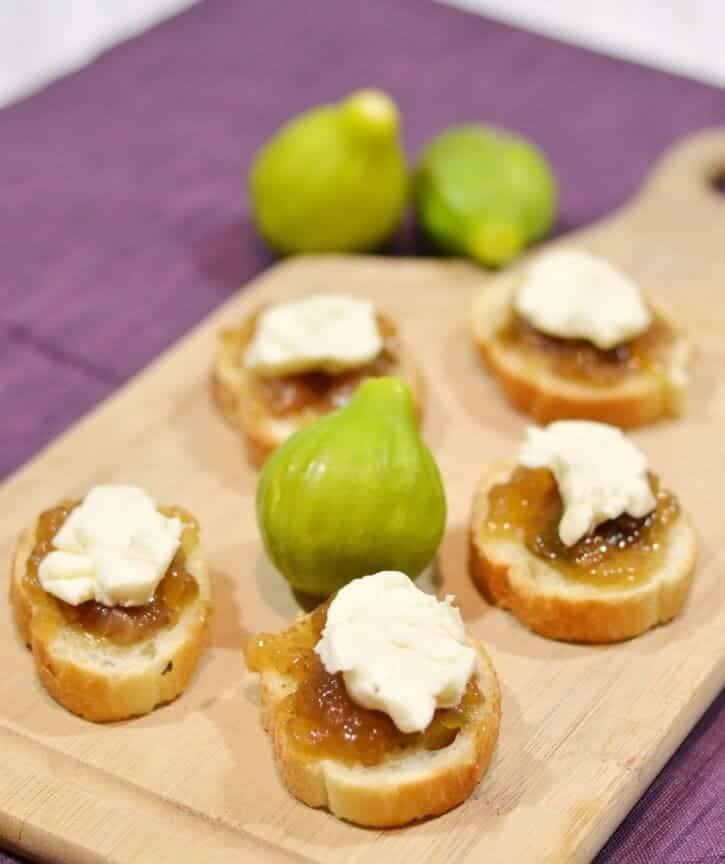 Fig and Brie Appetizers by Simply {Darr}ling for iheartnaptime.com