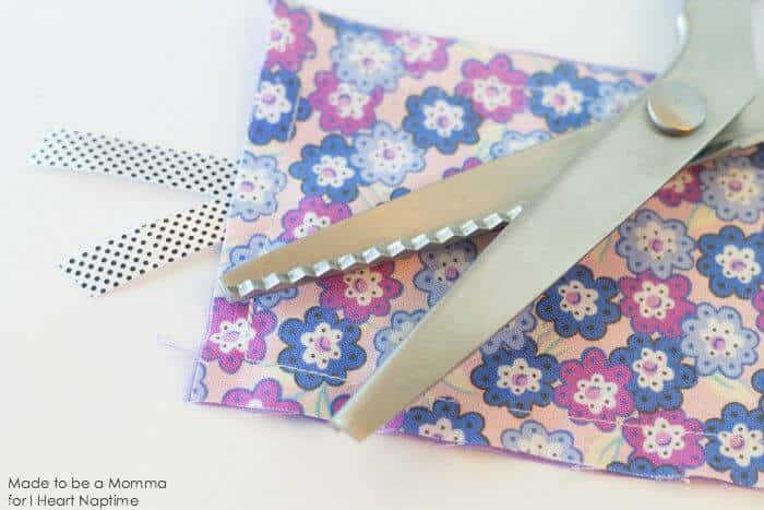 Fabric Bookmark Pinking Shears on iheartnaptime.com