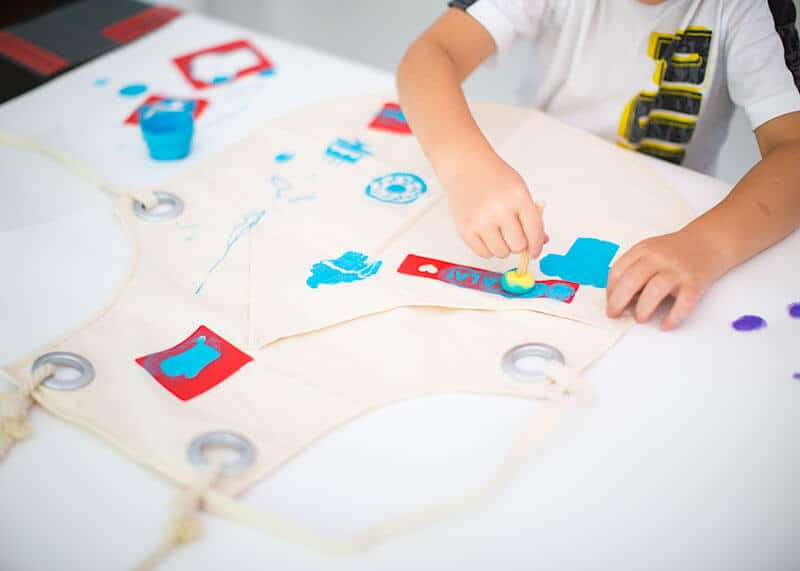 DIY kids apron - cute and easy - on iheartnaptime.com
