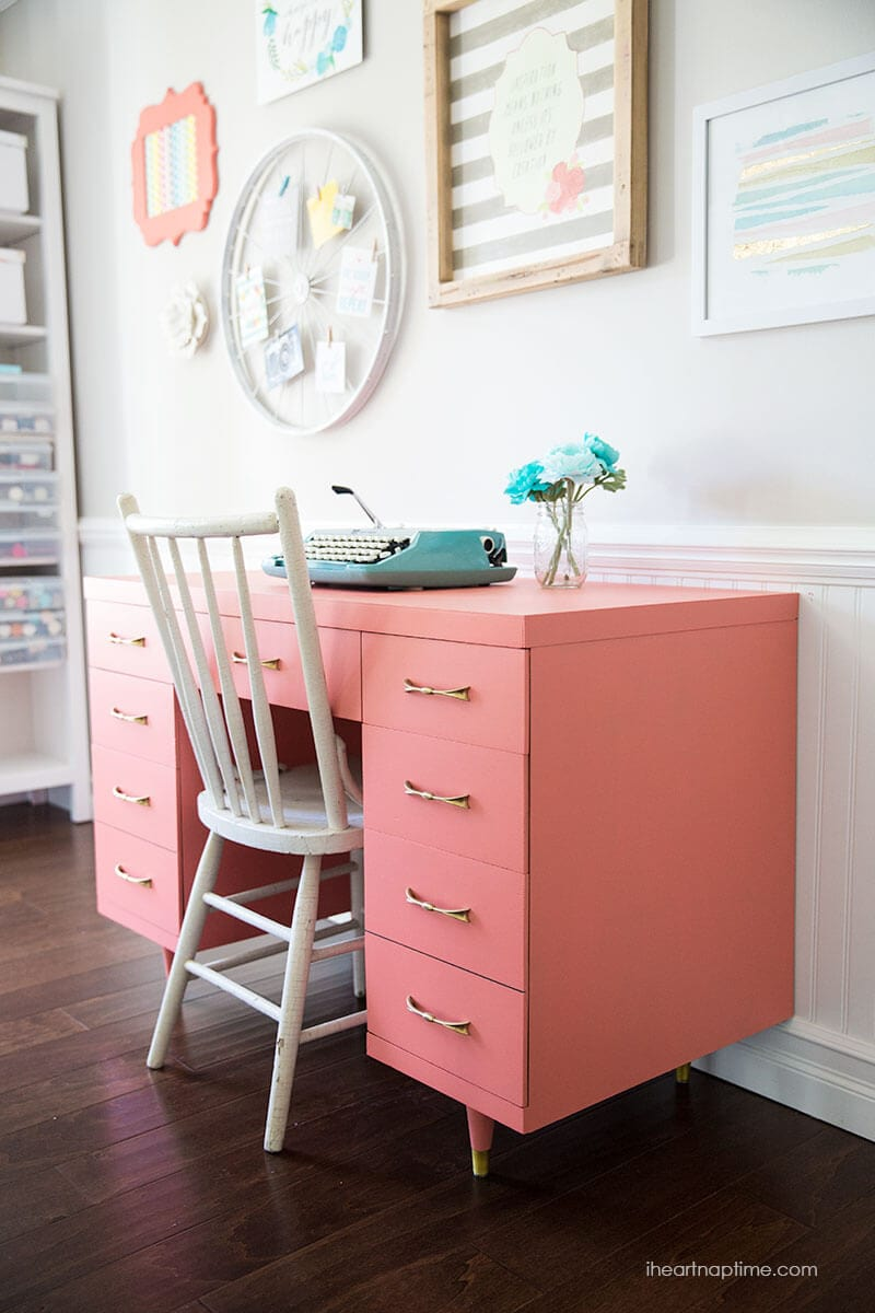 Chalk paint desk - Best of 2015 - our best, most popular post from 2015. I am taking a look back at our most popular posts from 2015, and gearing up for an exciting and amazing 2016!