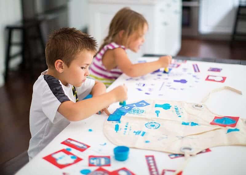 DIY kids apron - cute and easy - on iheartnaptime.com