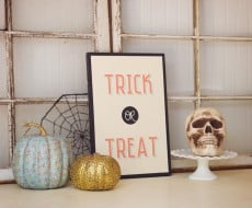 DIY Vintage Wood Halloween Sign