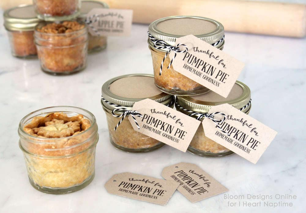 Mason jar pies to go with tags i heart nap time mason jar pies to go with free printable tags perfect for any holiday gathering negle Gallery