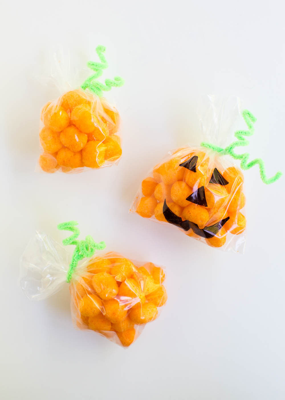 Pumpkin Snack Bags - so cute and easy!