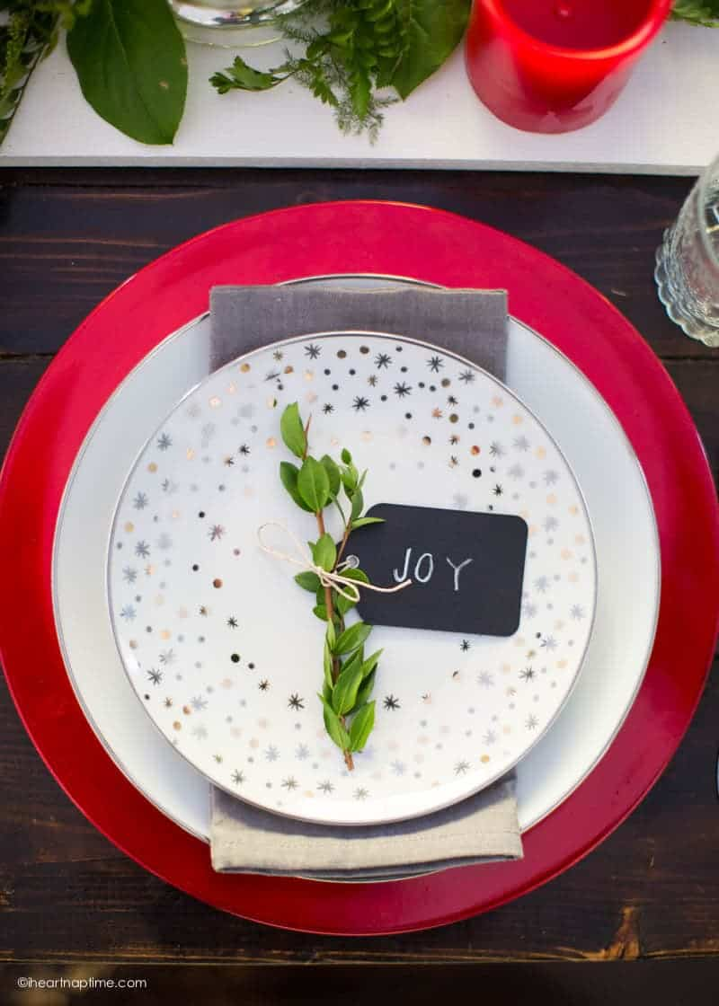 A gorgeous Christmas tablescape for when you don't have a lot of money or time to spare!