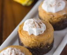 Mini-Pumpkin-Cheesecake-Gingersnap-Crust-31