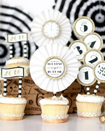 black and gold new year cupcake toppers