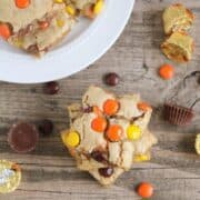 reese's pieces blondies on table