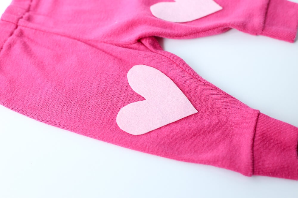 DIY Heart Baby Leggings - easy to make and absolutely adorable heart baby leggings! An easy tutorial that is flexible for any size.