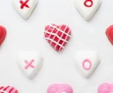 Adorable Valentine Chocolate Hearts with a Reese's inside! Make these with the kids or for your special Valentine!