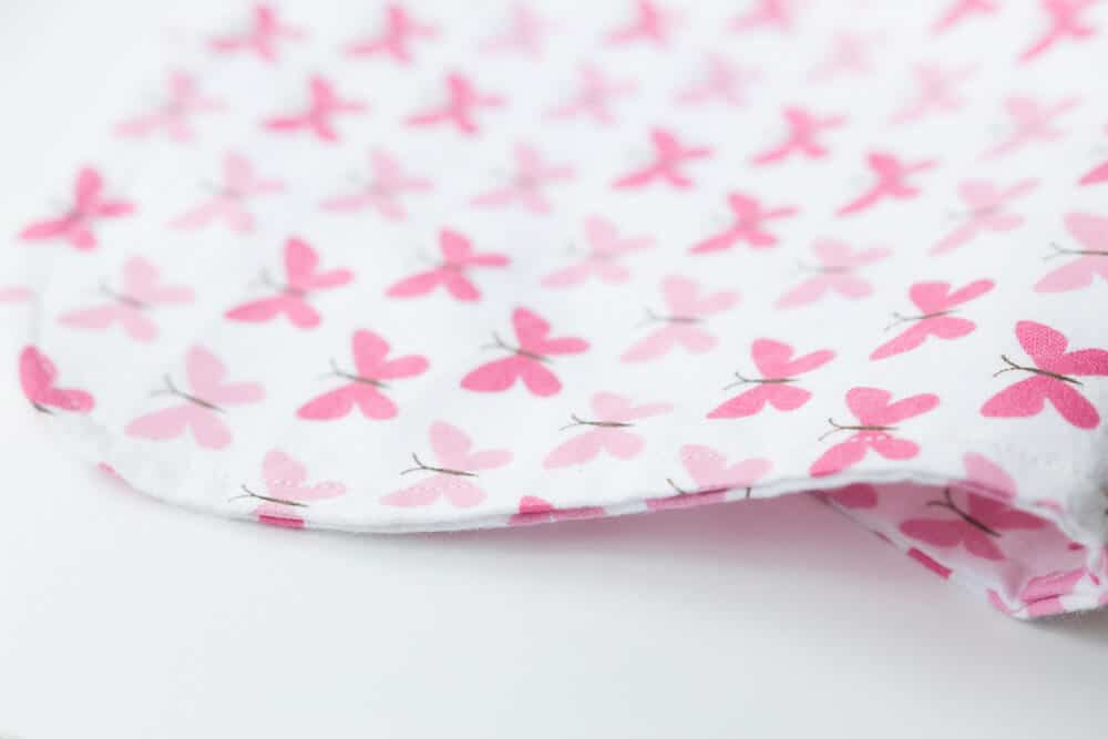 Simple Baby Burp Cloths - an easy, adorable, and quick sewing project for the newest little one in your life